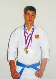 призёр и победитель региональных и городских турниров 2008-2012